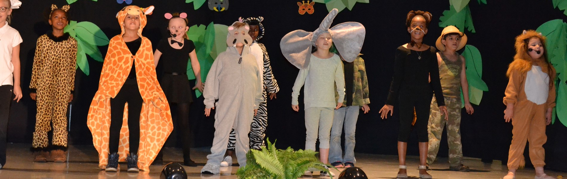 Blackshear Elementary drama students performing drama